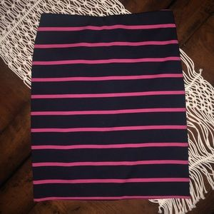 Limited, size 8, straight skirt